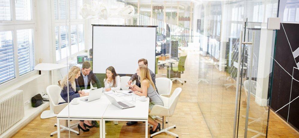 Teamwork - Firmen-Coaching | Foto: © Robert Kneschke